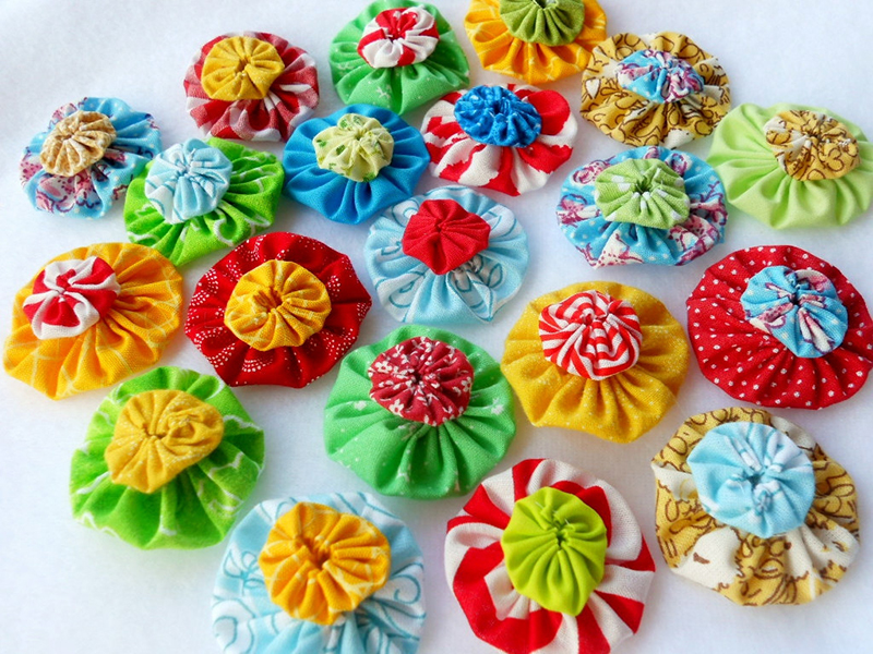 How to Make Fabric Yo-Yos: From Accessories to Flower Arrangements : quilting yo yos - Adamdwight.com