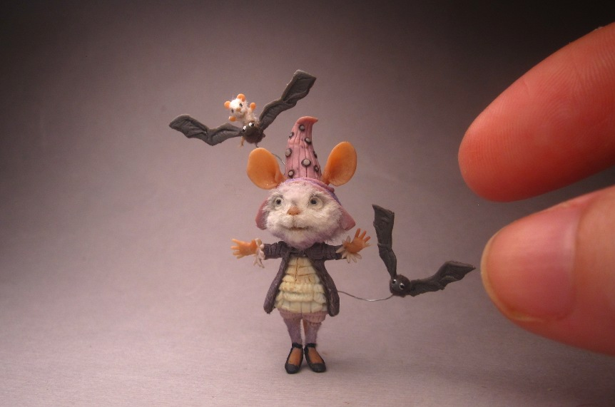 sculpt-miniature-mouse-05.jpg