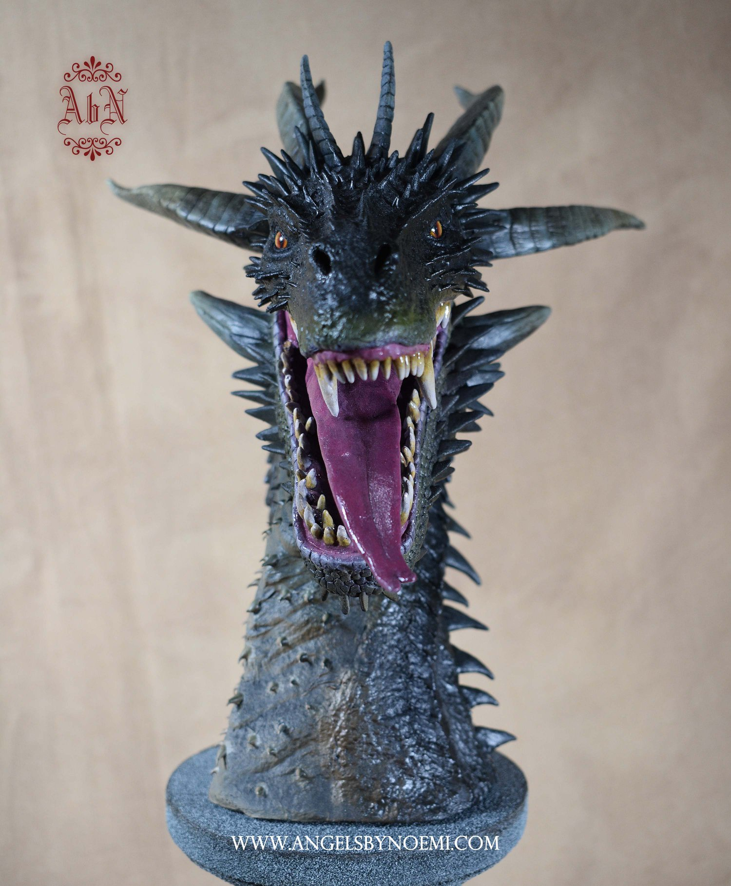 sculpting-dragons-06.jpg