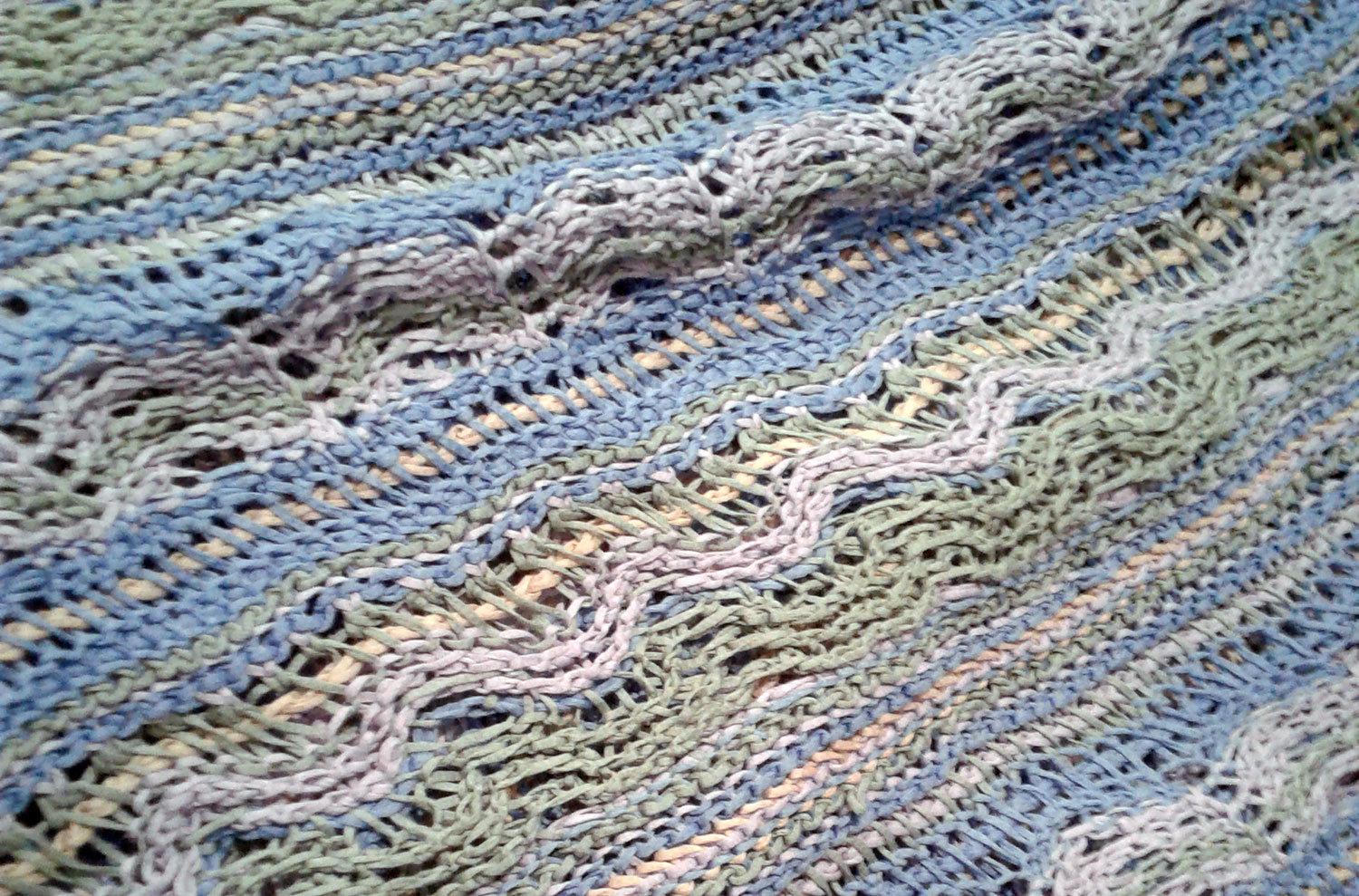 beginning-tunisian-crochet-01.jpg
