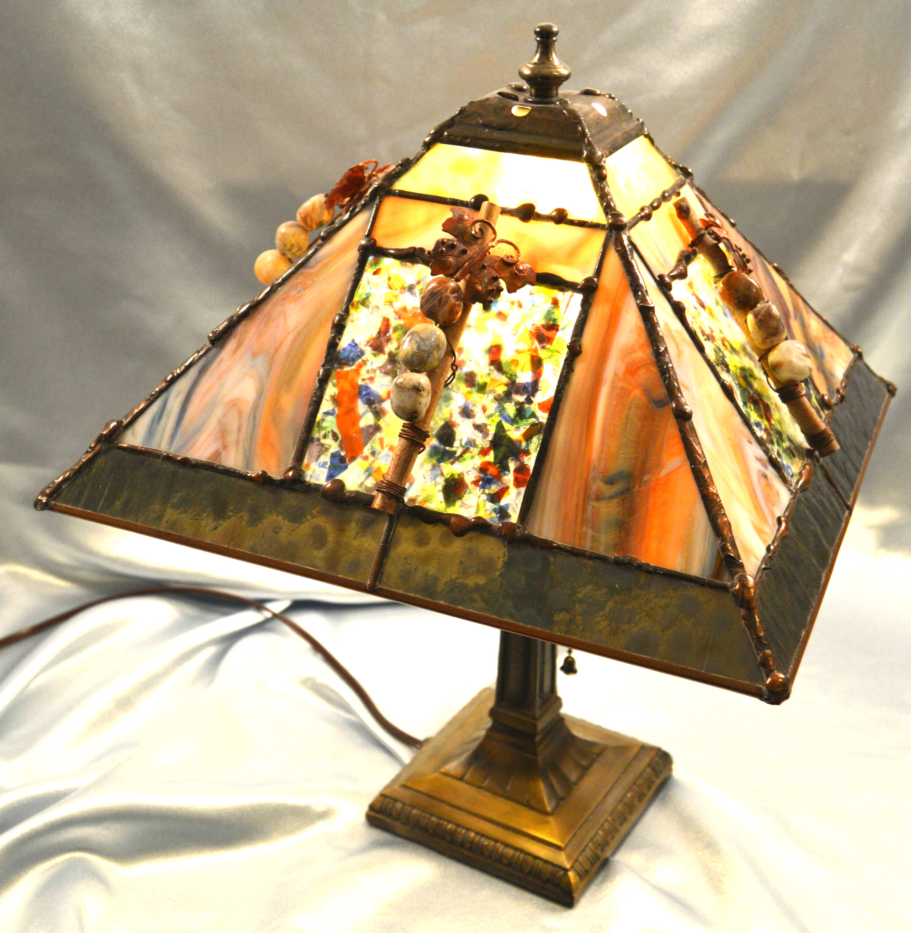 Advanced Stained Glass – 4-Panel Lamp