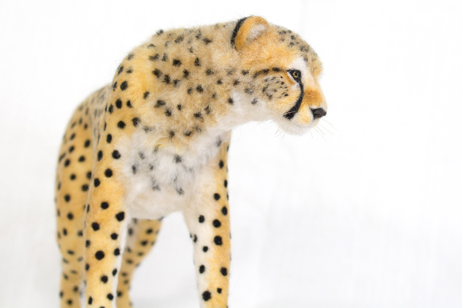 needle-felt-cat-sculpture-12.jpg